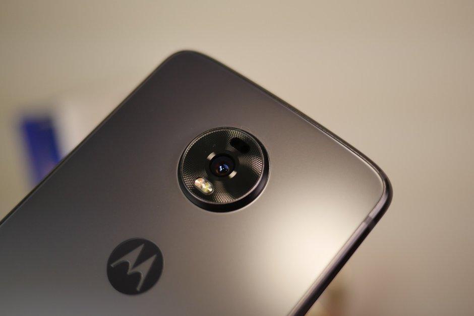 Motorola Moto Z4 Design
