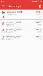 screenshot of com.gamma.voicerecorder